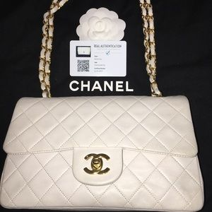0e43a69bfd150e Women White Chanel Flap Bag on Poshmark
